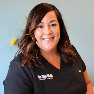 Anne – Dental Assistant